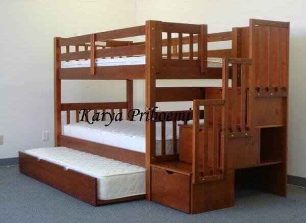 Tempat Tidur Tingkat Tiga Kasur
