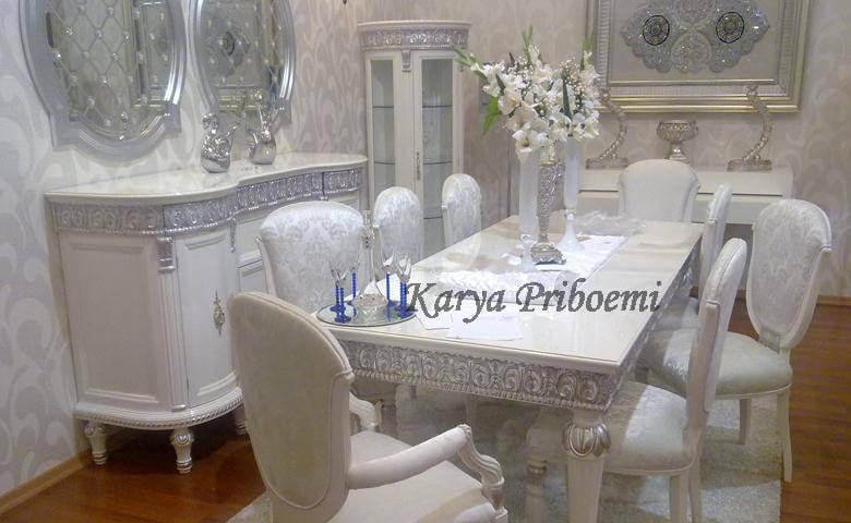 Meja Makan Osmanli
