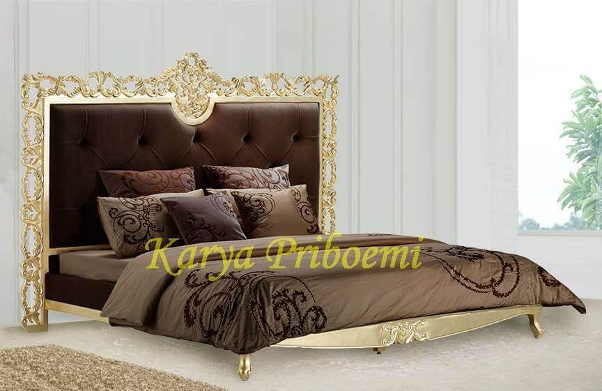 Tempat Tidur Klasik 362