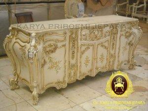 Buffet Klasik French Baroque Lukis