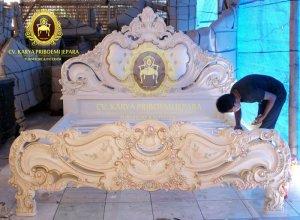 Tempat Tidur French Baroque