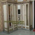 Lemari Pakaian Klasik Mewah Istanbul