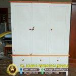 Lemari Pakaian Minimalis 3 Pintu Warna Putih