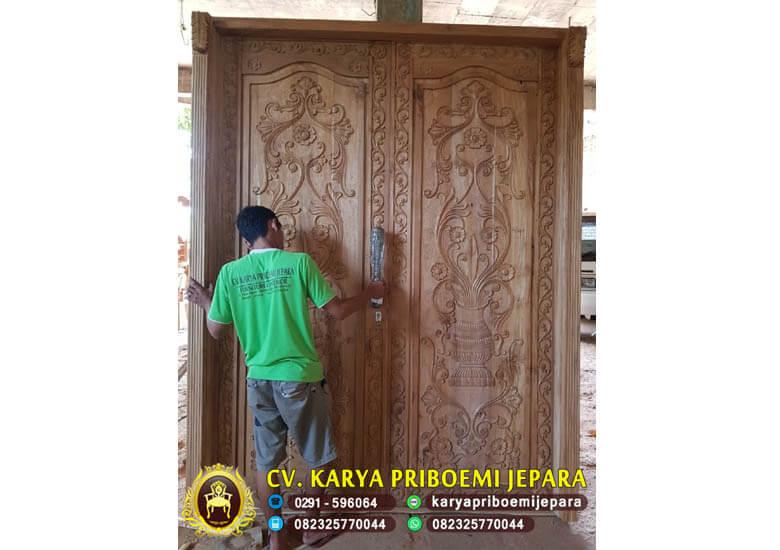 Pintu Ukir Kayu Jati