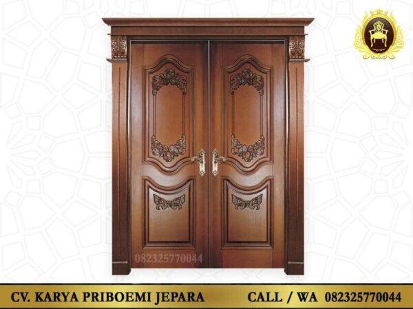 Pintu Utama Rumah Mewah