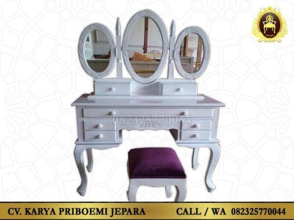 Meja Rias Kayu Cantik Warna Putih